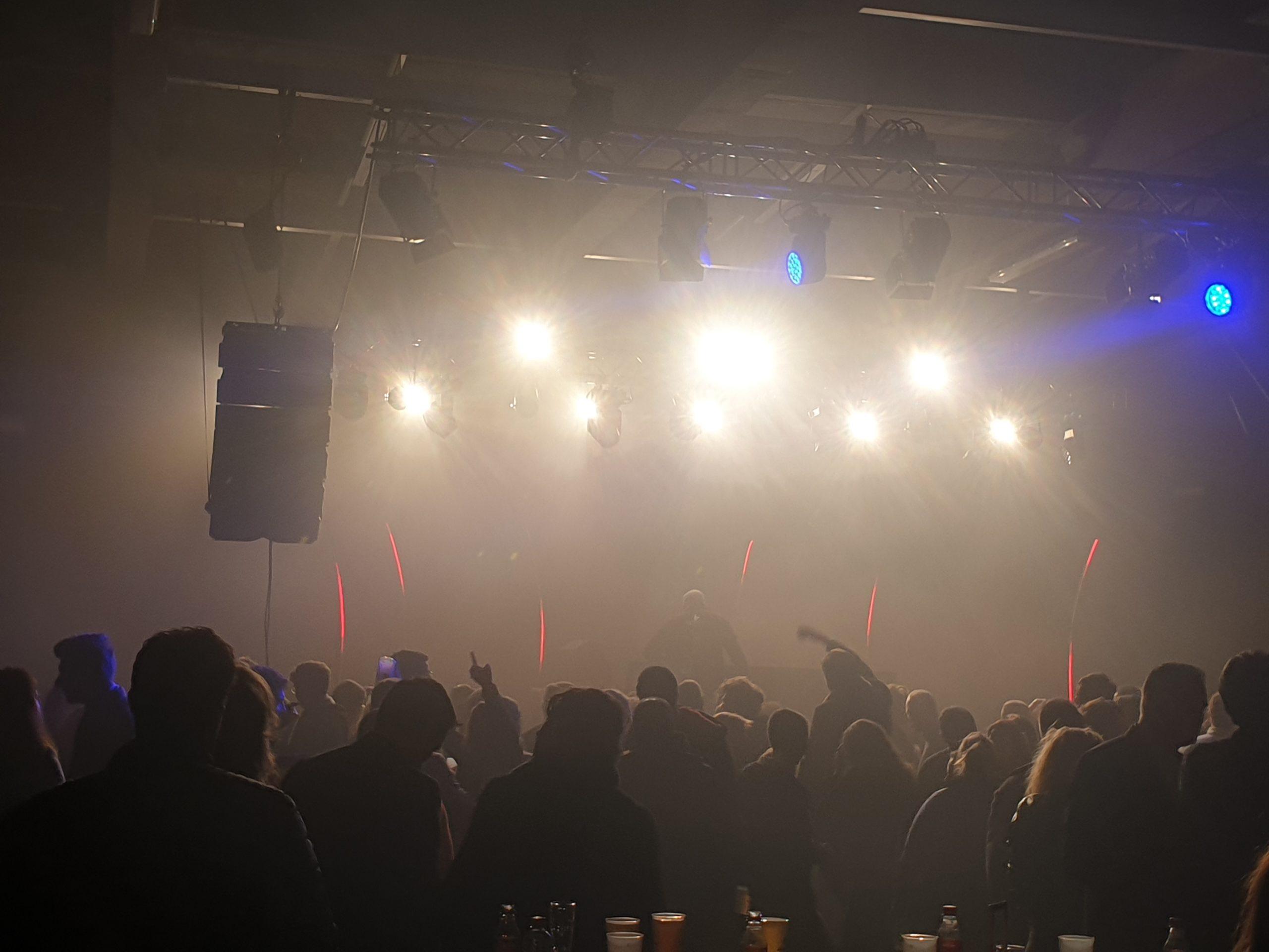 licht-geluid-audiovisuele-apparatuur-huren