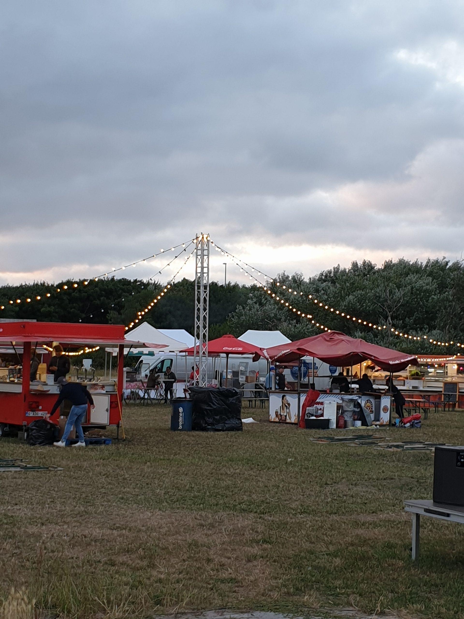 lichtslinger-feestverlichting-guirlande-foodtruckfestival-huren